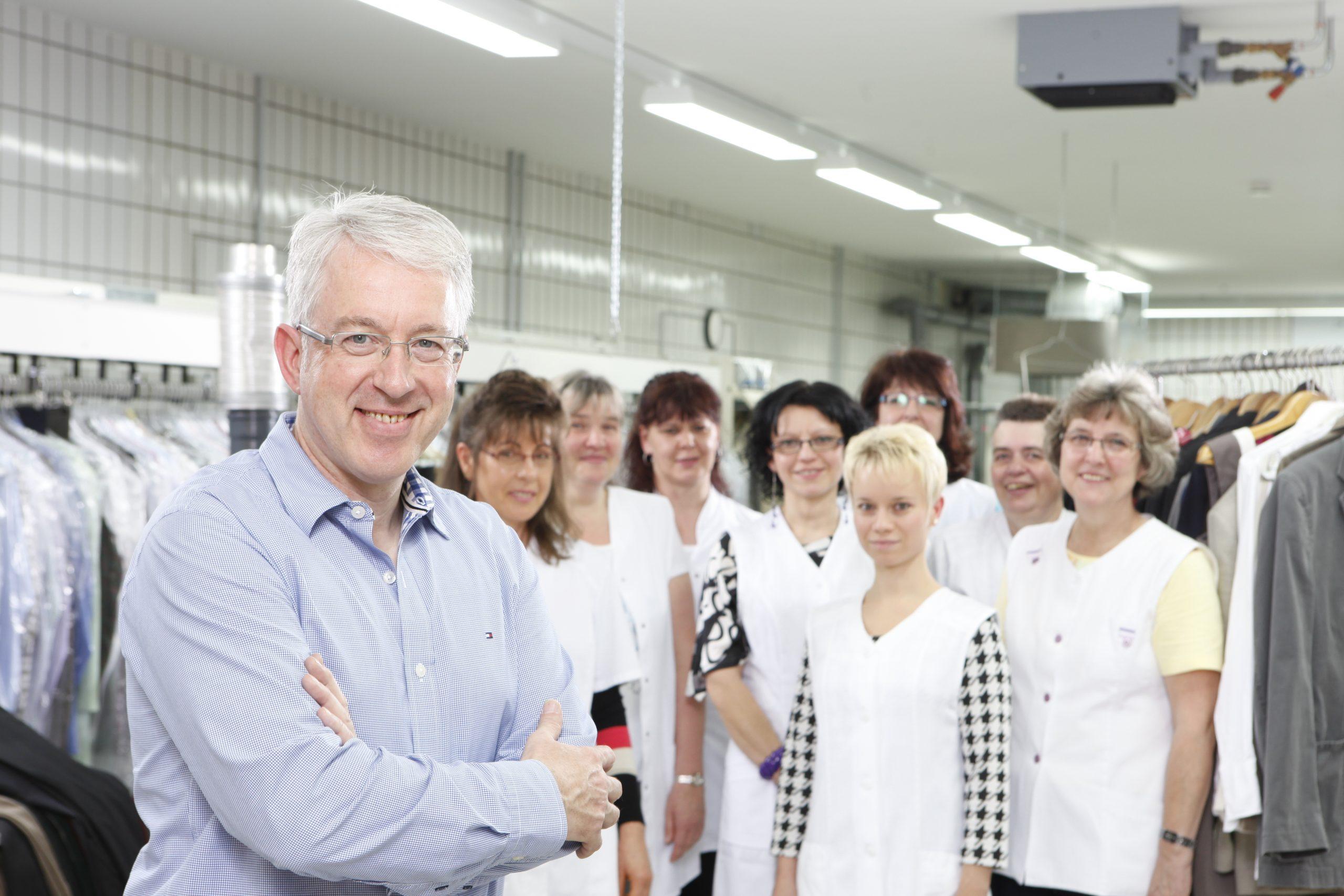 Das Team von Räuschel Textilfplege
